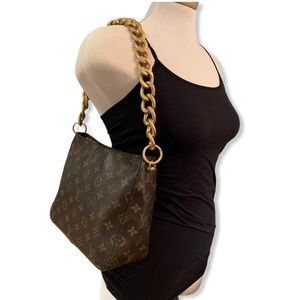Louis Vuitton Looping MM with Chunky Chain